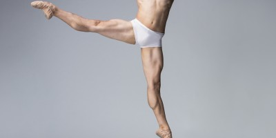 guillaume-cote_photo-par-aleksandar-antonijevic_courtoise-ballet-national-du-canada