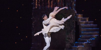 romeo-and-juliet-with-miguel-anaya-and-caitlin-valentine-ellis-photo-by-jennifer-zmuda